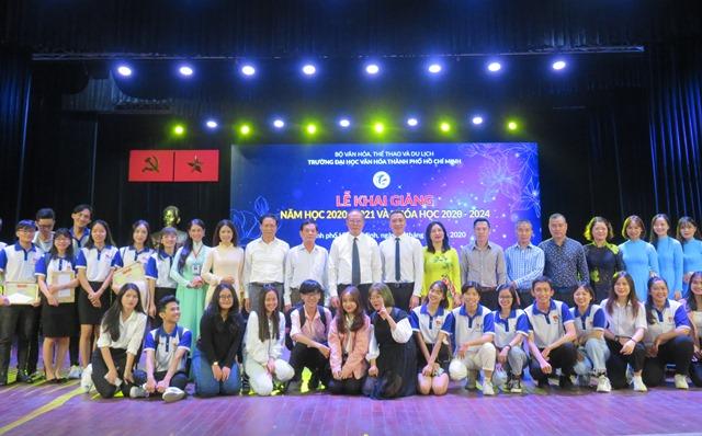 Trường Đại học Văn hóa TP. Hồ Chí Minh tổ chức lễ khai giảng năm học mới 2020-2021 và khóa học 2020-2024