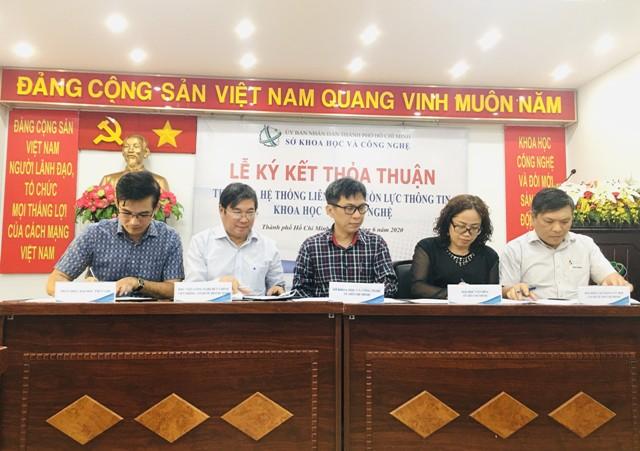 Trường Đại học Văn hóa TP. Hồ Chí Minh ký kết thỏa thuận hợp tác tham gia mạng lưới liên kết nguồn lực thông tin KH&CN.