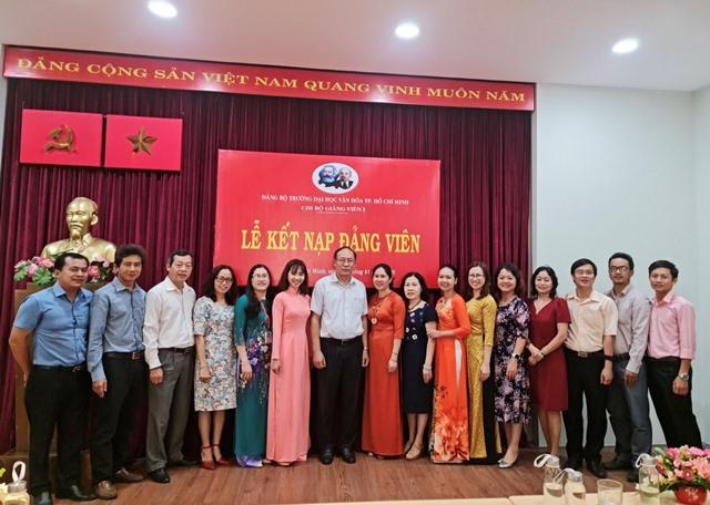 Chi bộ Sinh viên 1 và Chi bộ Giảng viên 1 tổ chức Lễ kết nạp đảng viên mới