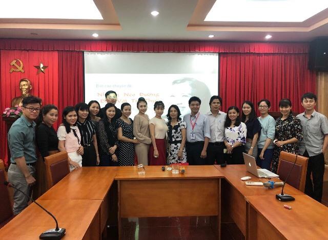 """Trường Đại học Văn hóa, TP. Hồ Chí Minh đã tổ chức buổi sinh hoạt khoa học với chuyên đề """"Những nẻo đường đến với tri thức"""""""