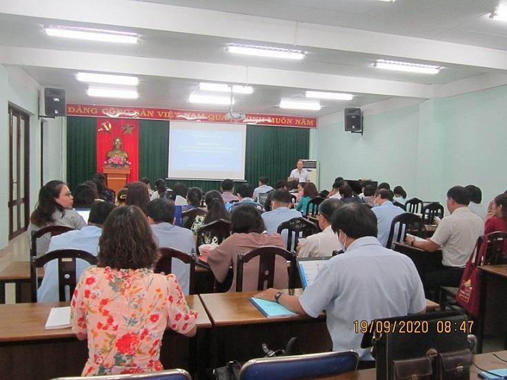 Trường Đại học Văn hóa TPHCM tổ chức hội nghị tập huấn công tác tự đánh giá chương trình đào tạo theo bộ tiêu chuẩn của MOET