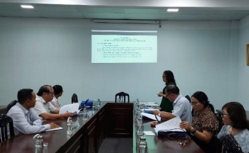 """Nghiệm thu cấp cơ sở đề tài nghiên cứu khoa học cấp Bộ """"Tiêu dùng văn hóa của công nhân trong các doanh nghiệp đầu tư nước ngoài ở TP.Hồ Chí Minh"""""""