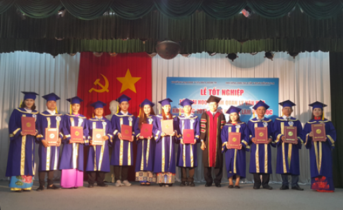 Lễ Tổng kết và trao bằng tốt nghiệp lớp đại học ngành Quản lý văn hóa khóa học 2013-2018 hệ vừa làm vừa học đặt đào tạo tại tỉnh Đồng Nai